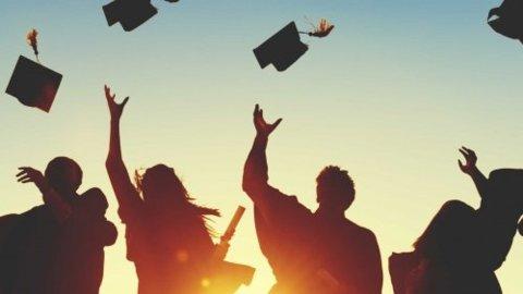 diploma-uitreiking_1-500x281